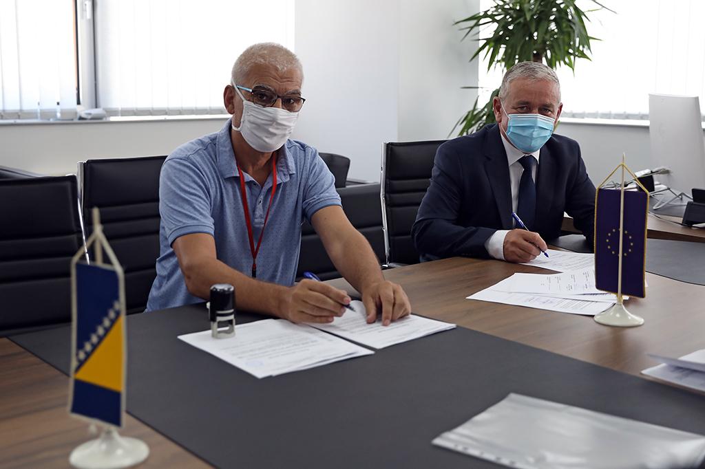 Potpisani ugovori o obnovi još tri javna objekta u HNK